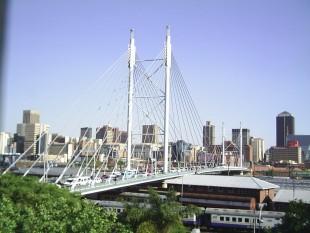 Мост Нельсона Манделы Йоханнесбург